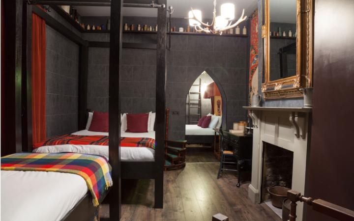 wizard-chambers-georgian-house-hotel-london-family-room-large